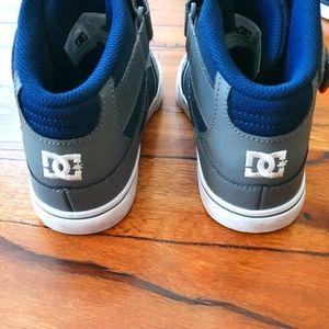DC Shoes Boys Pure High-Top EV Skate Shoes